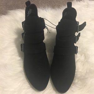 Universal Thread Ladies Boots